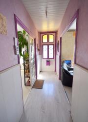 SAINT-RENAN : charmante maison années 30 avec 6 chambres, garage, jardin et vue dégagée