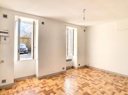 BREST : très bien placé, Atypique duplex d'environ 45m² avec place de parking
