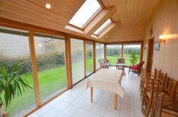 LAMPAUL PLOUDALMEZEAU PROCHE MER: jolie maison avec véranda, garage et 9000m² terrain