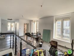 BREST : ravissante maison rénovée avec deux chambres, cour et jardinet clos.