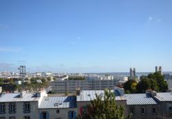 PROCHE CAPUCINS : agréable appartement de 95m² avec vue dégagée sur la ville