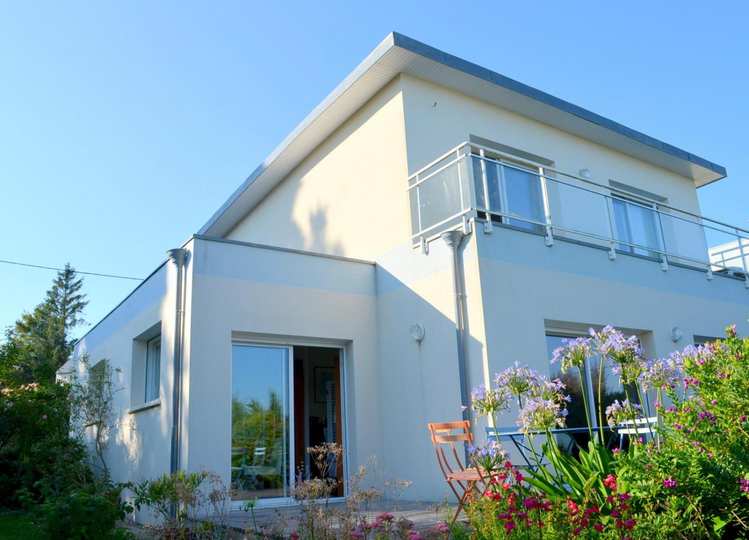 BREST SAINT PIERRE: belle contemporaine de 144 m² avec vue mer