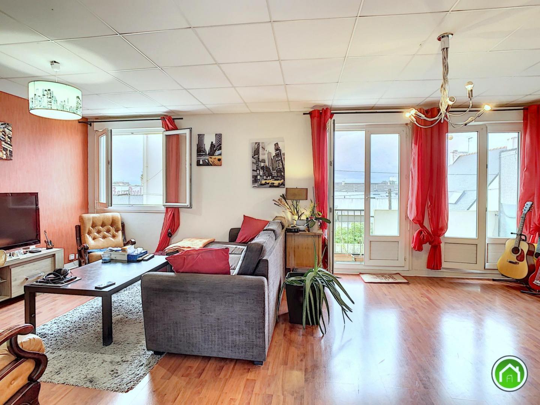 BREST : joli et lumineux appartement t4 de 80m² avec balcon et garage individuel