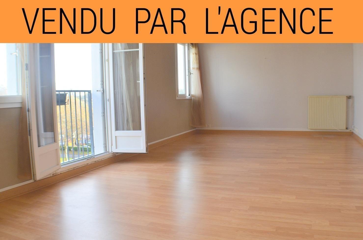 BREST: petit budget: appartement T5 de 93 m² vue dégagée