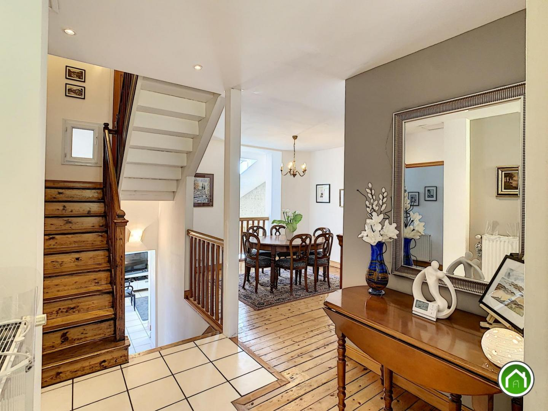 BREST : ravissante demeure 10 pièces avec garage et jardin clos