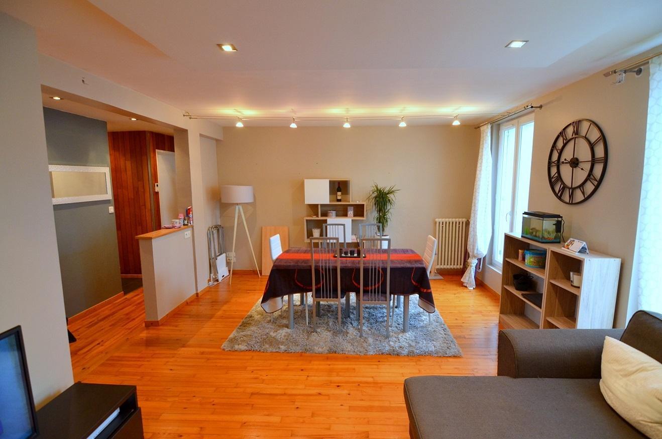BREST : ravissant appartement 2 chambres rénové avec gouts