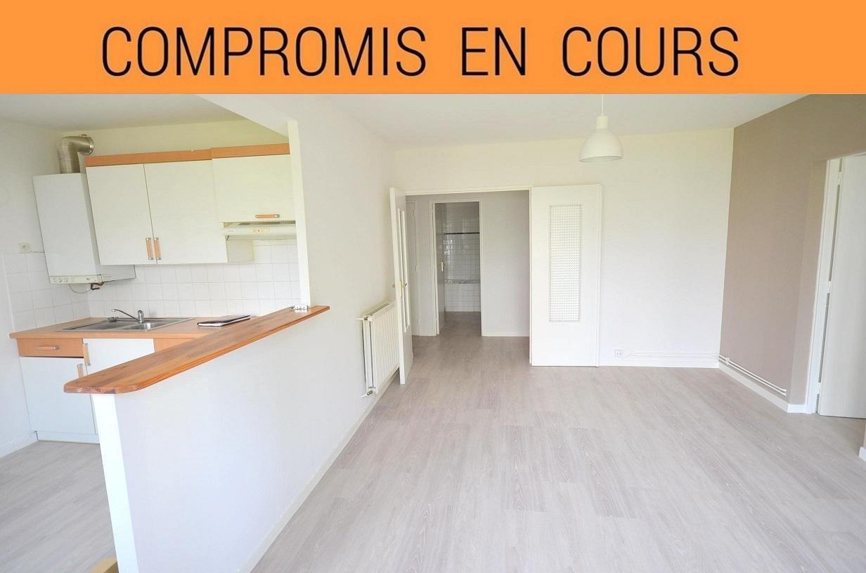 BREST: agréable appartement t2 de 50m² rénové en dalle béton