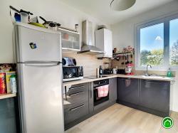 BREST ST MARC :  Très bel appartement T4 de 87m² avec 3 chambres, belle vue dégagée, garage, ascenseur, balcon