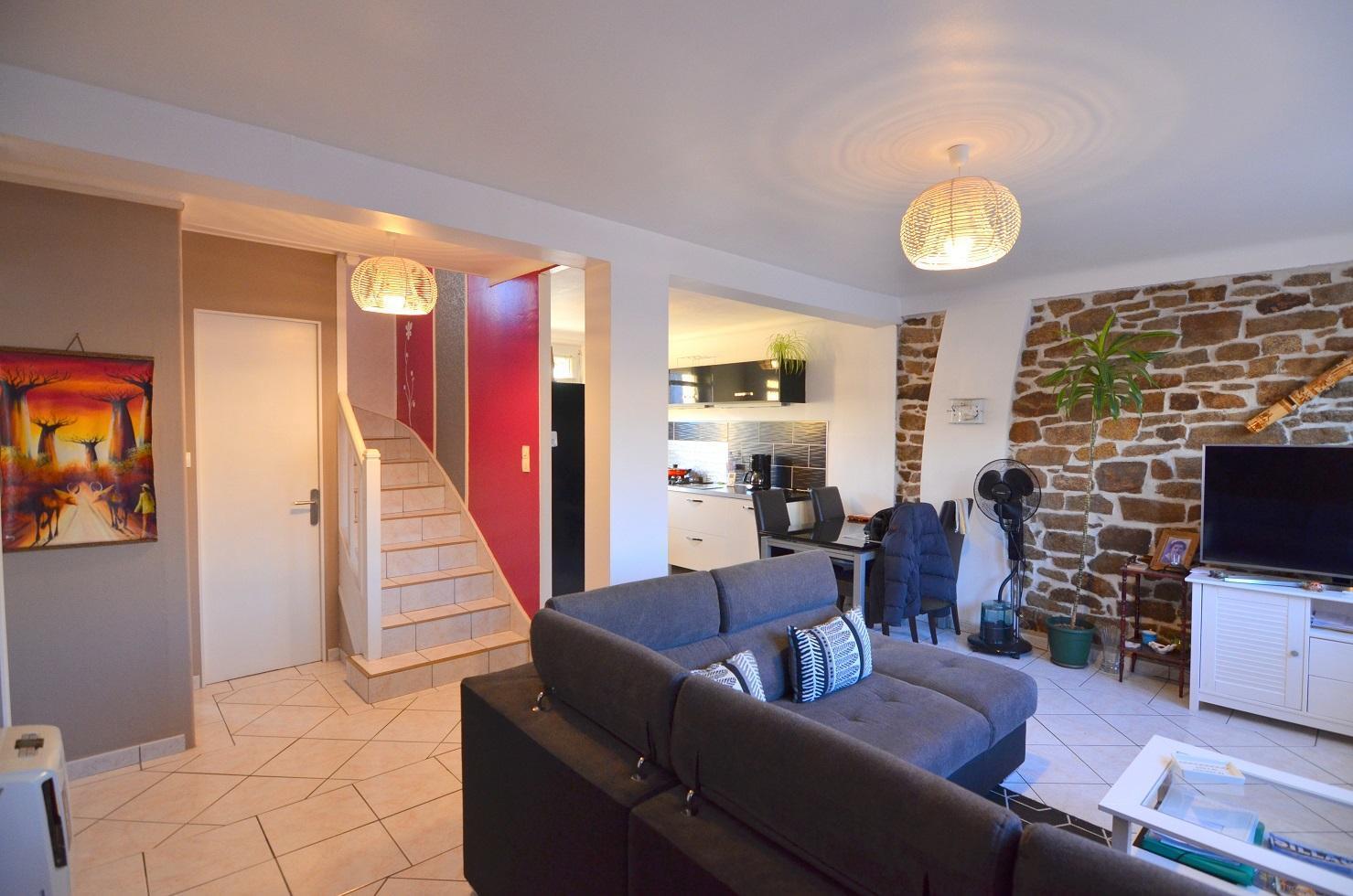 BREST : petit prix pour cette ravissante maison 4 chambres avec jardin clos