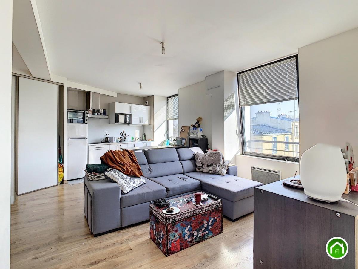 BREST PROCHE CENTRE : résidence récente de standing, beau t2 de 42m²