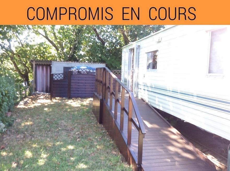 PLOUGASTEL DAOULAS VUE MER: terrain de loisir avec cabanon béton intégrant cuisine, douche et sanitaire