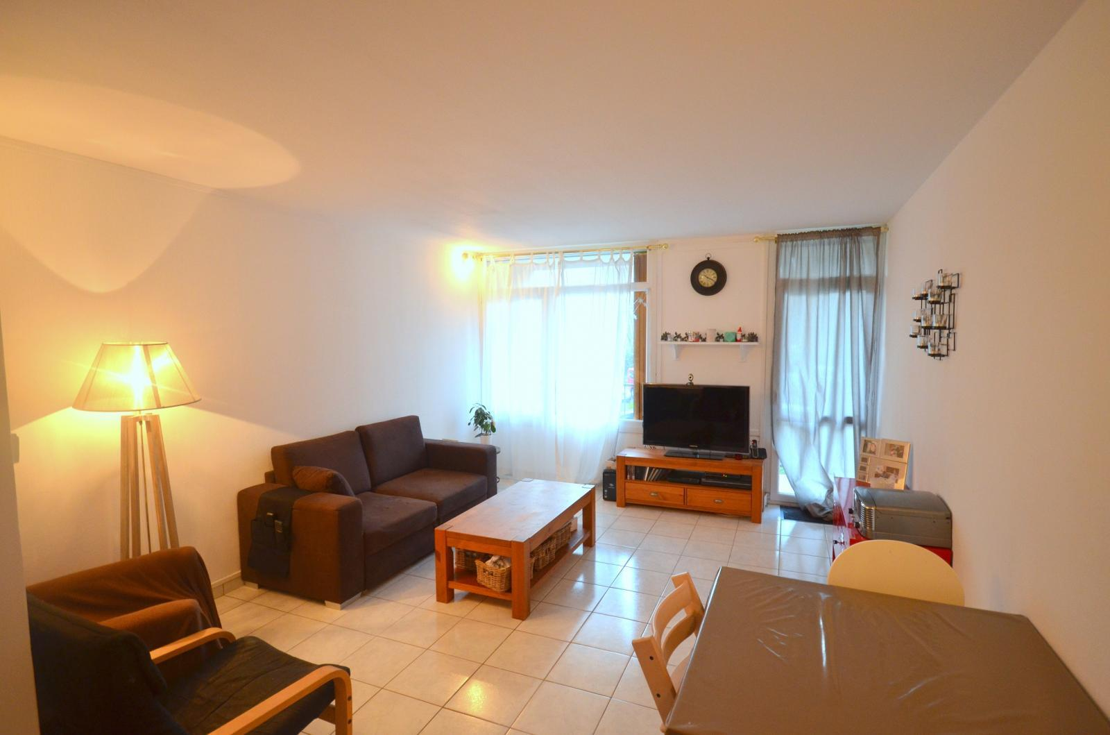BREST RICHELIEU: très joli appartement 3 chambres avec larges balcons