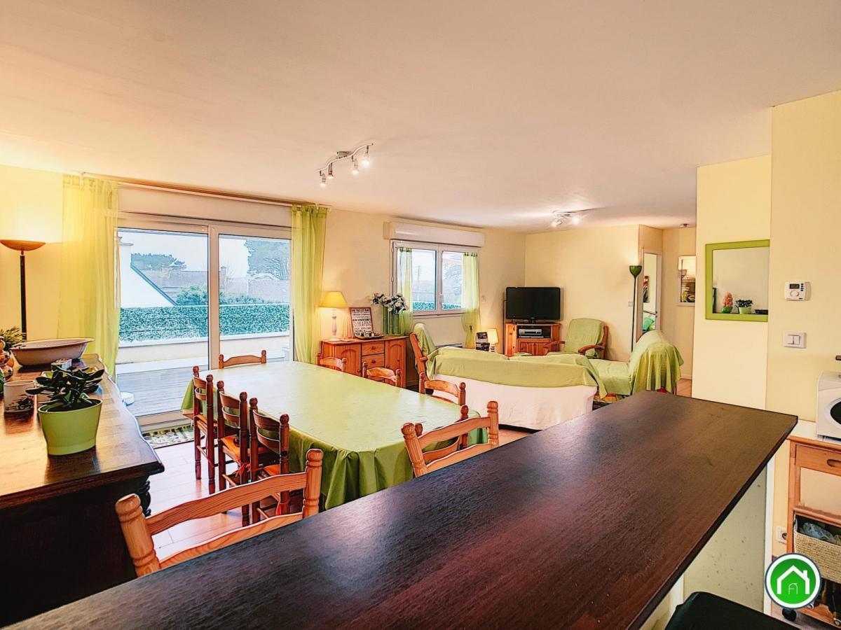 PORTSALL : proche mer, appartement 77m² avec terrasse au premier et dernier étage