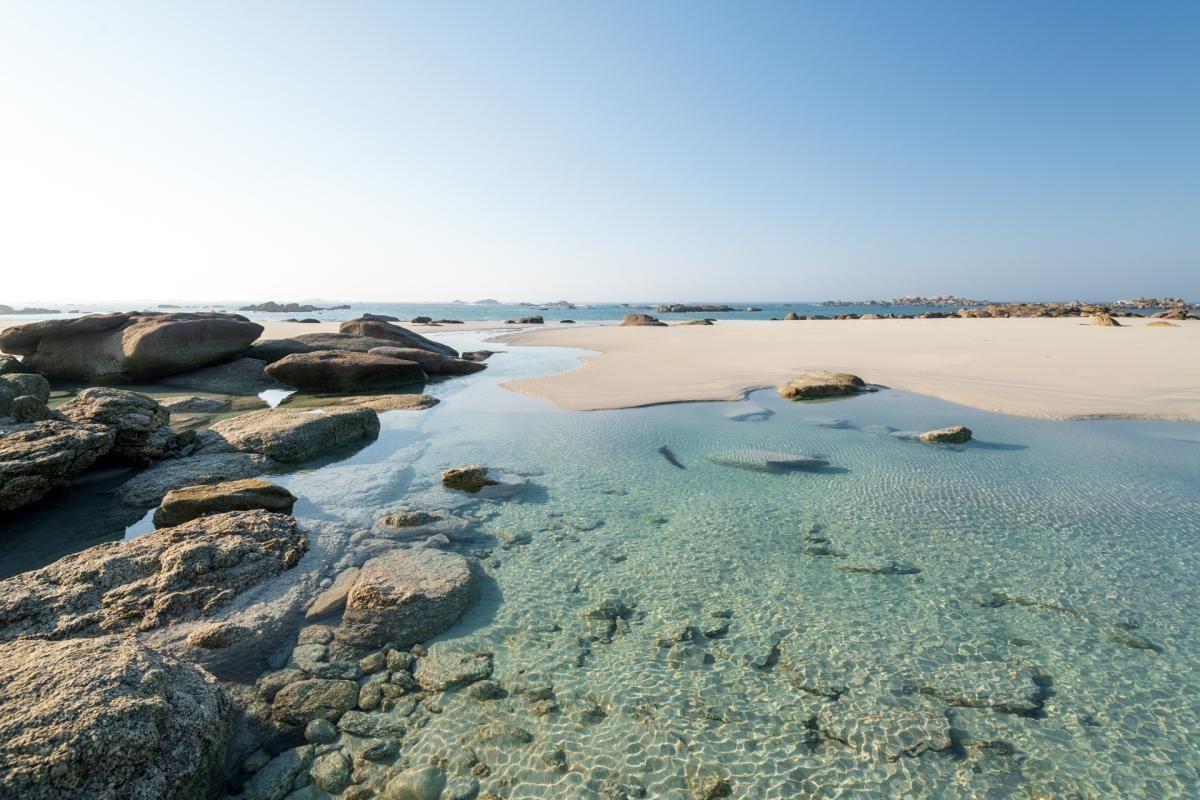 KERLOUAN : Terrain de loisir à deux pas des plages